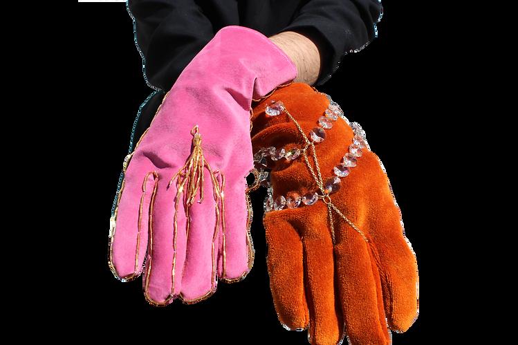 Pink Gloves 2.png
