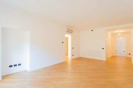 agencyimmobiliare como trilocale centro (15).jpg