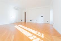 agencyimmobiliare como via indipenza  (7).jpg