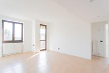 agencyimmobiliare binago  (5).jpg