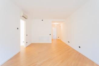 agencyimmobiliare como trilocale centro (16).jpg