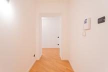 agencyimmobiliare como trilocale centro (28).jpg