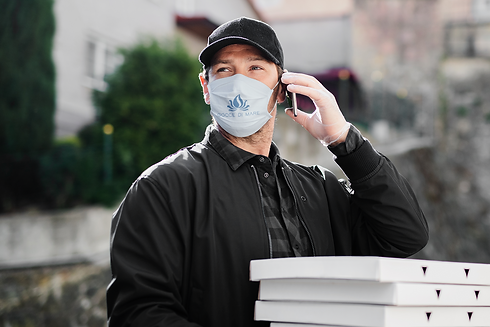 face-mask-mockup-featuring-a-delivery-ma