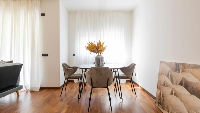 bilocale con terrazzo agencyimmobiliare como (6).jpg