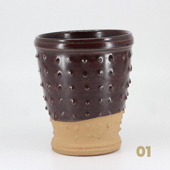 Gobelets rouge foncé en céramique