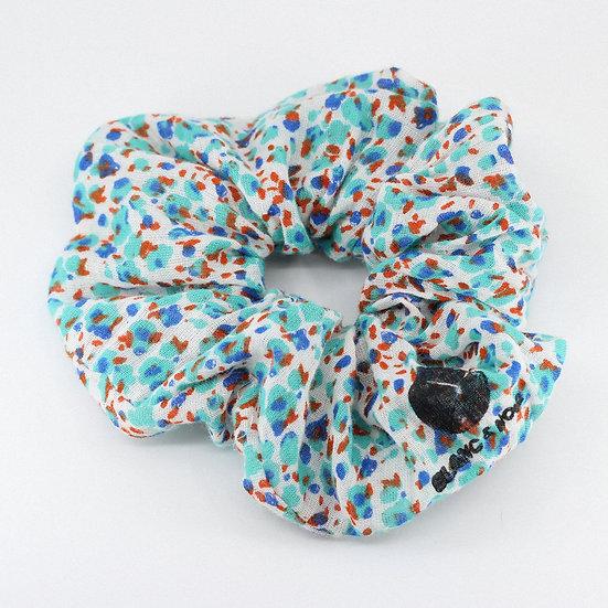 Maxi chouchou en coton bleu tacheté