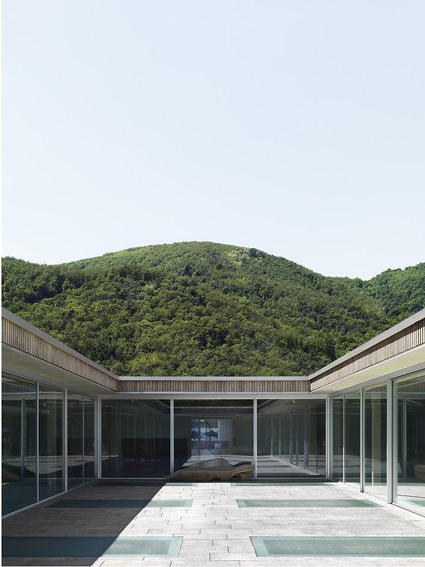 Surélévation   Manno   Hakan Ozdemir Architecture   Genève