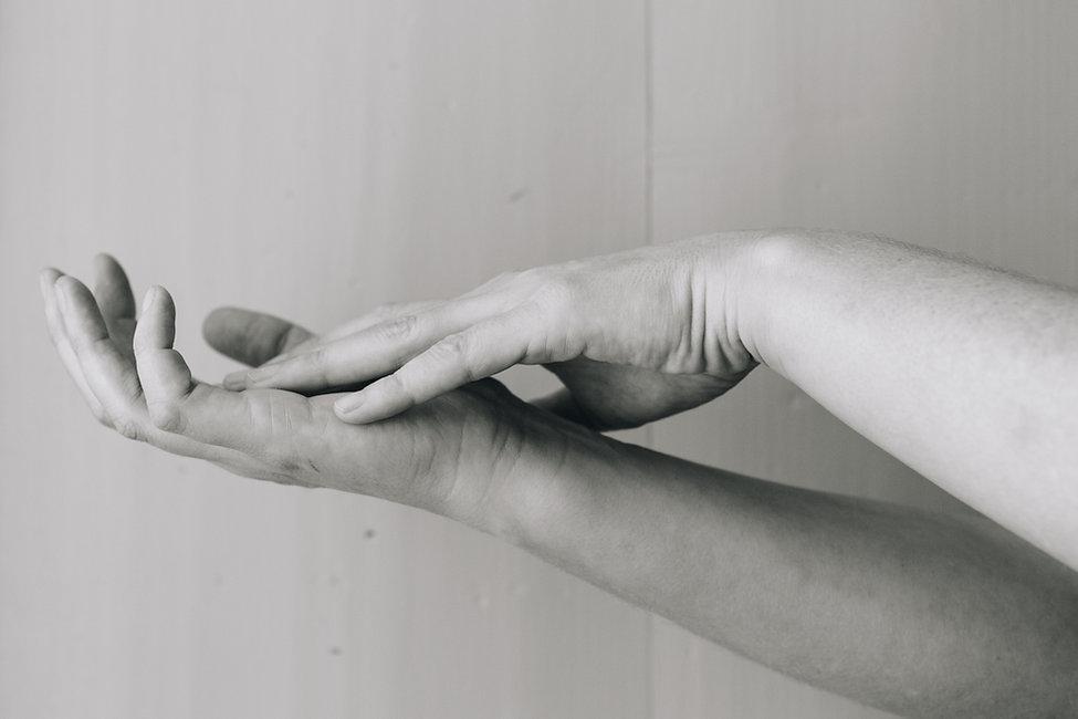 NatasaLeoni-TonicHouse-Hands-0355.jpg