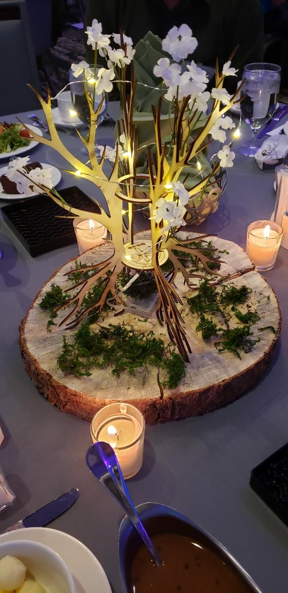 Tennyson Center Centerpiece 2019