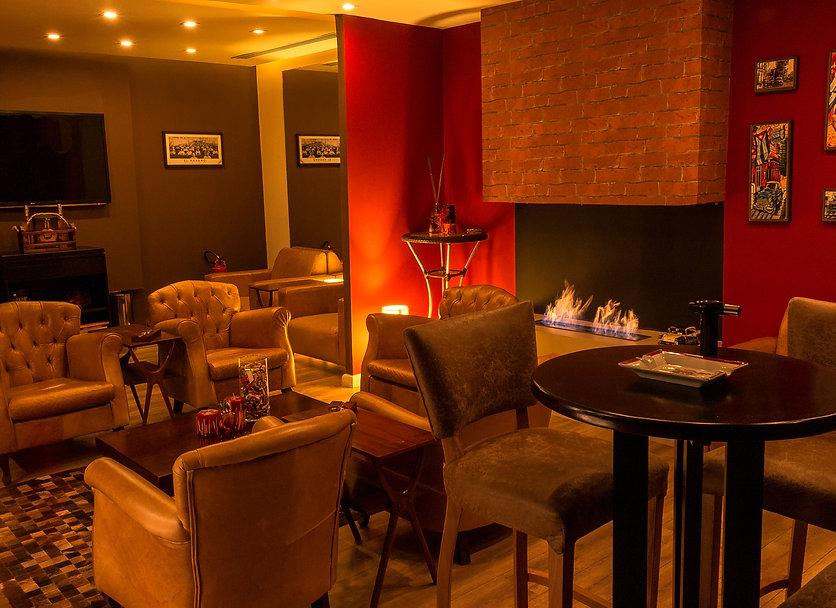 cigar-lounge-top-lareira1.jpg