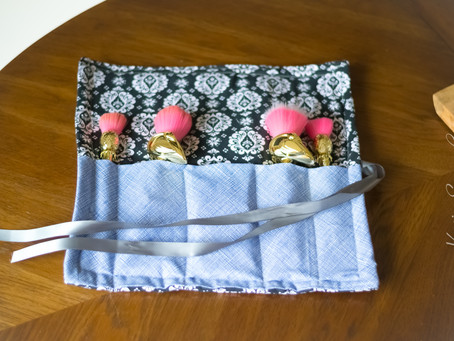 DIY Makeup Brush Storage Roll {Video}