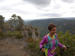 Running and staying hydrated on Grand Trail des Templiers route