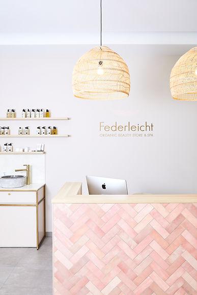 Federleicht3345.jpg