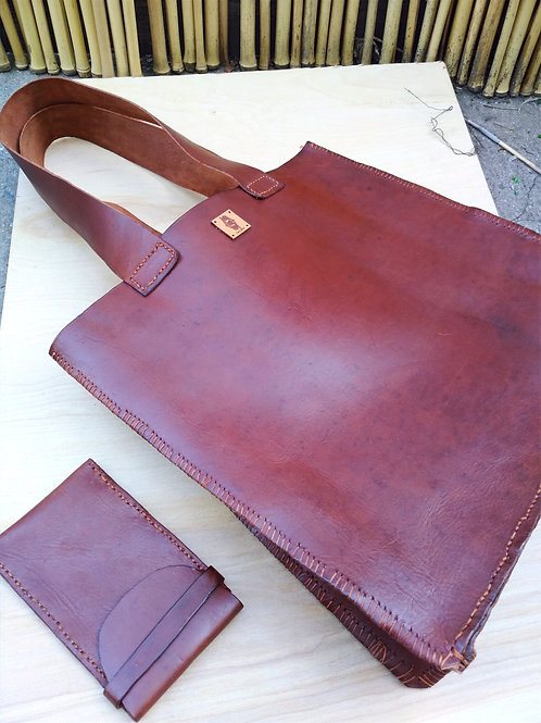 Handcrafted Leather bag Large