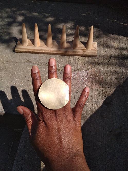 Cleopatra round Brass Ring