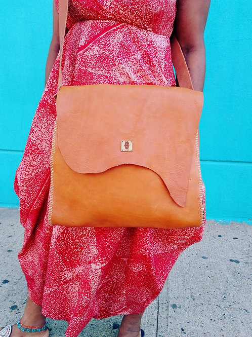 Handcrafted cross body leather bag/ Large