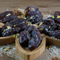 dates plate