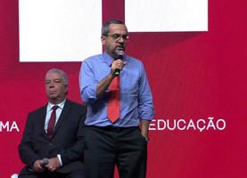 MINISTRO DA EDUCAÇÃO TEM VISÃO PARECIDA COM A DO ELO SOCIAL – ESTAMOS ANOS-LUZ NA FRENTE DELES