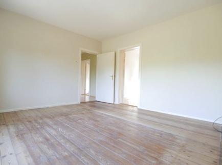 27 Wohnzimmer