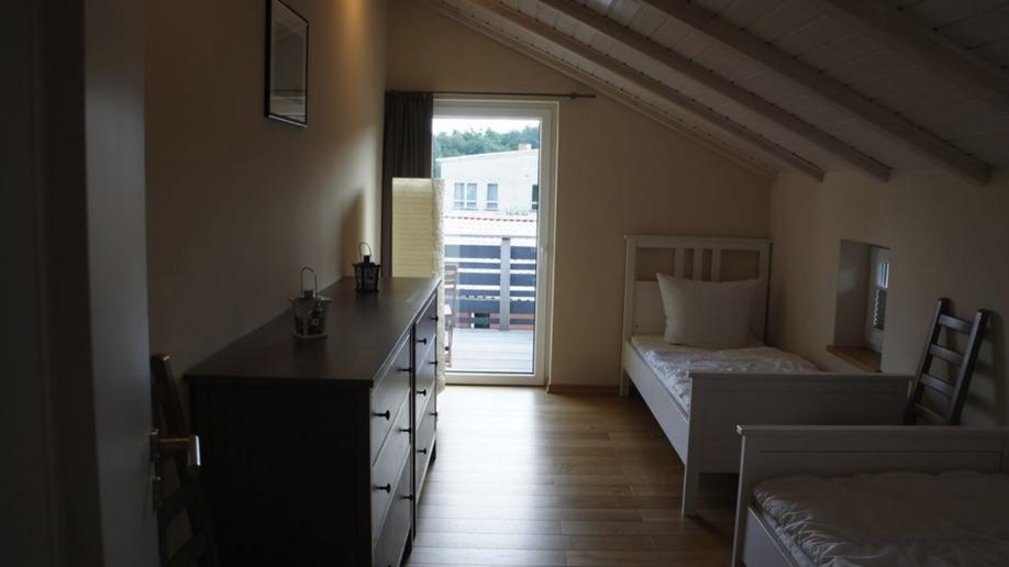 54 Schlafzimmer