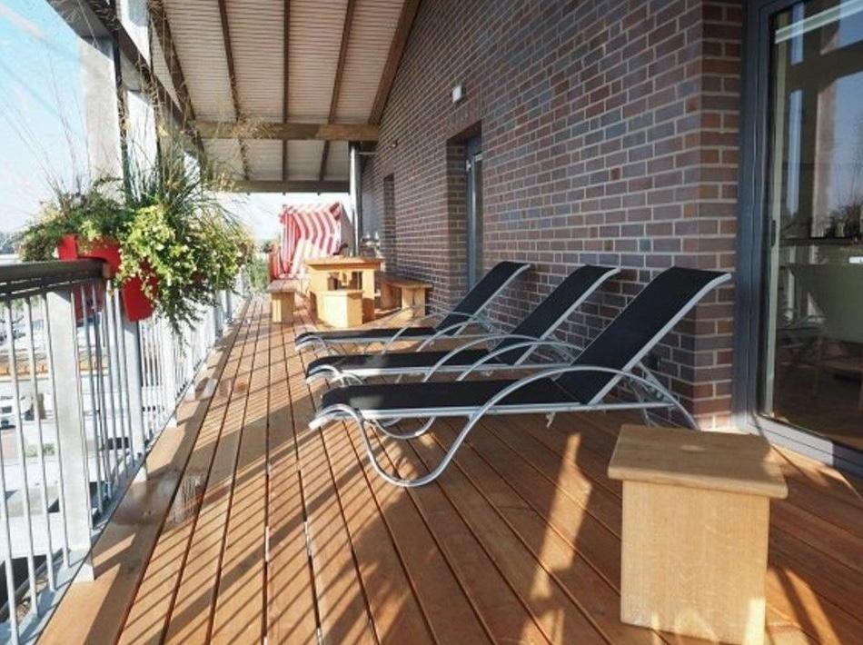 5648 Balkon Sonnenliegen