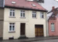 5599 Vorderseite Haus.png