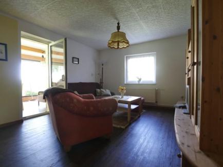 26 Wohnzimmer