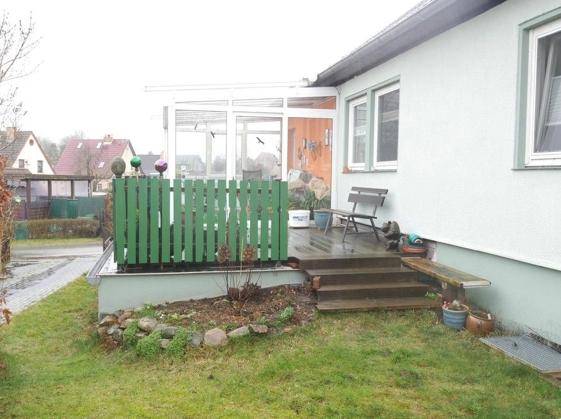 5666 Wintergarten und Terrasse