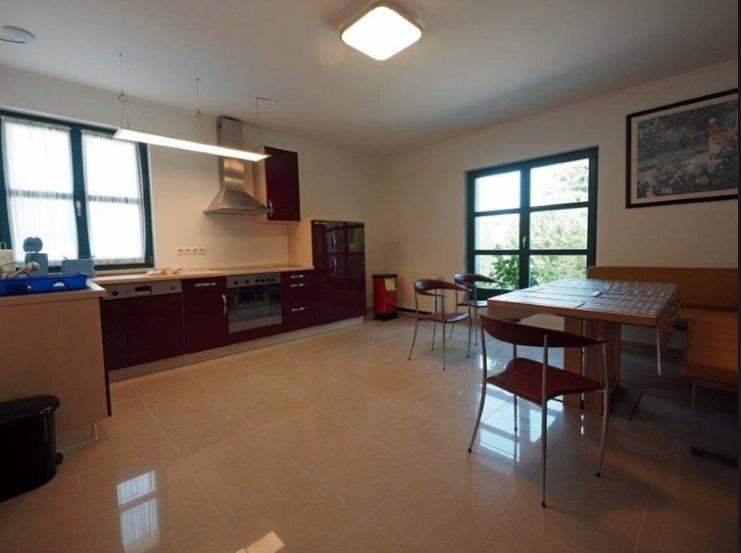 5615 Wohnküche mit EBK