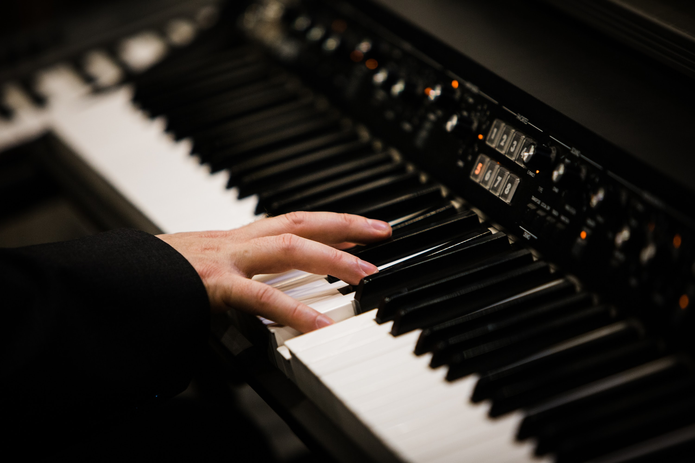 Amzam Nagy János zongora