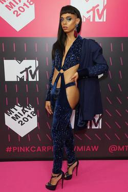 Urias - MTV MIAW 2018