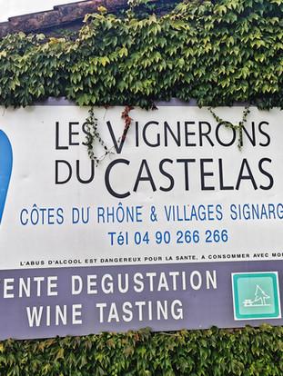 Visite et dégustation à la cave coopérative de Rochefort-du-Gard (30), chez les vignerons du Castelas.