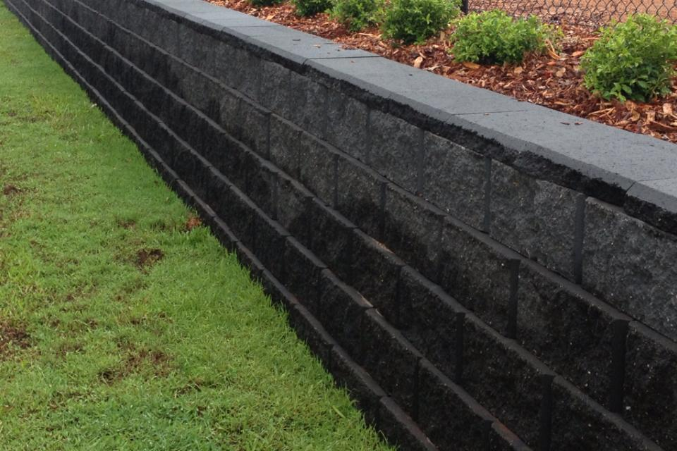 CROC BLOCK RETAINING WALL