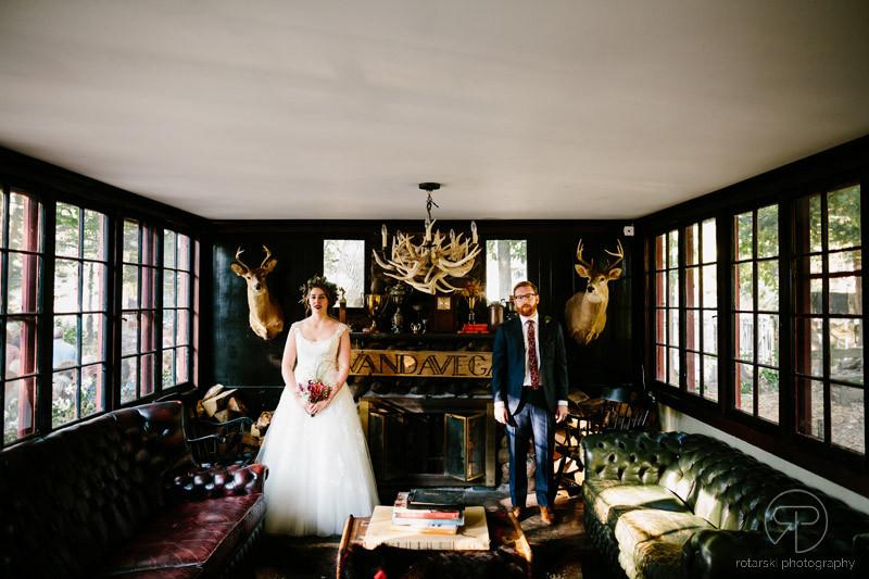 camp-wandawega-indoor-couple-wedding-photography-documentary-chicago-photographer-rotarski