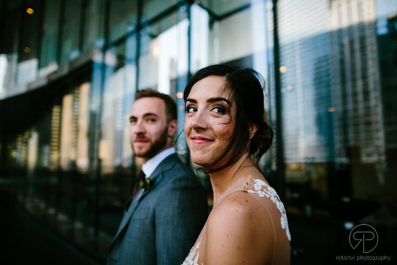 riverwalk-downtown-wedding-photography-documentary-chicago-wedding-photographer-rotarski