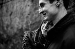 art-institute-north-garden-sculpture-winter-engagement-wedding-chicago-documentary-photographer-rota