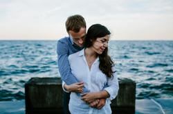 promontory-point-sunstet-romantic-nostalgic-engagement-wedding-chicago-fine-art-photographer-rotarsk