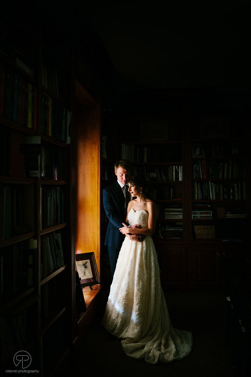bride-groom-intimate-romantic-nostalgic-dark-moody-portrait-documentary-wedding-photographer-chicago