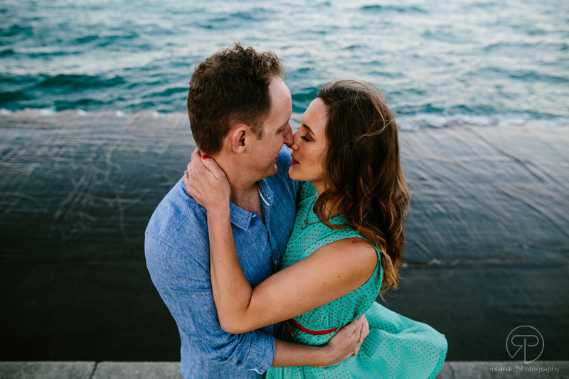 Northerly Island Chicago sunset engagement session by Rotarski Photography
