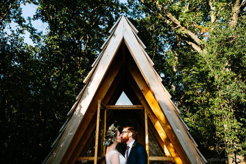 camp-wandawega-cool-hipster-rustic-wedding-documentary-chicago-wedding-photographer-rotarski