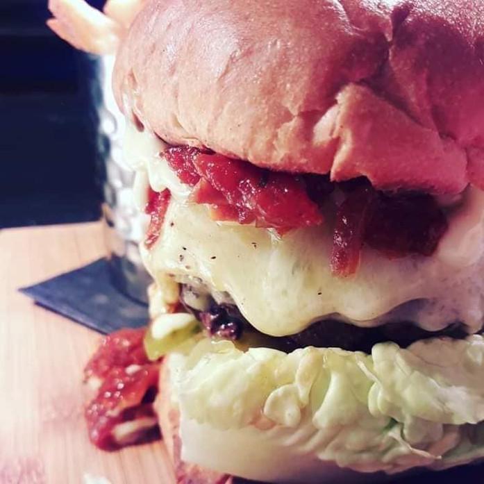 boars-burger.jpg