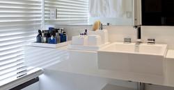 Lavatório em Nanoglass Branco