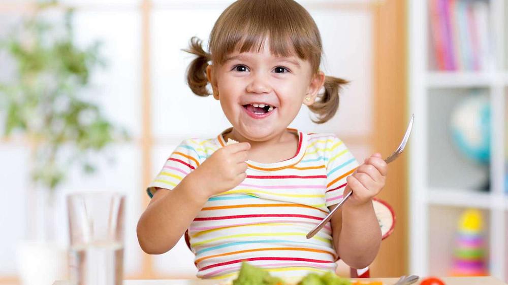 Alimentação noturna infantil.