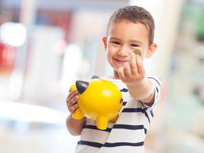 Cinco dicas para ensinar os filhos a lidar com dinheiro