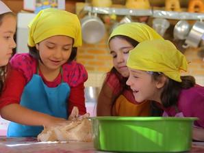 Oficina de culinária na Biblioteca Infantil vai ensinar crianças a fazer rabanada