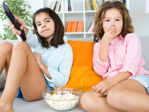 Excesso de televisão atrapalha o desenvolvimento infantil
