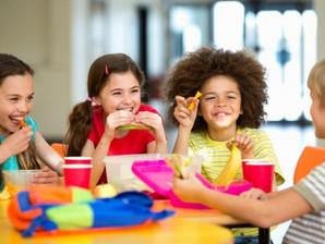 Lancheiras devem ser montadas de acordo com idade das crianças