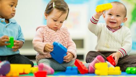 Rotina em creche oferece mais estímulo para o desenvolvimento das crianças de 0 a 3 anos