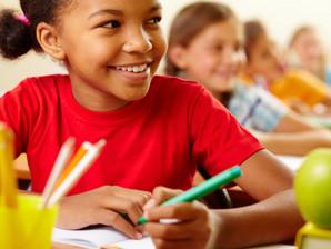 Volta às aulas: Mantenha o envolvimento com a rotina escolar do seu filho