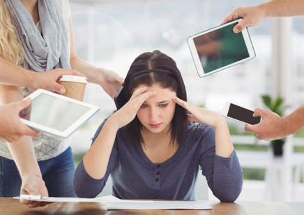 Viciados em redes sociais têm mais chances de desenvolver depressão